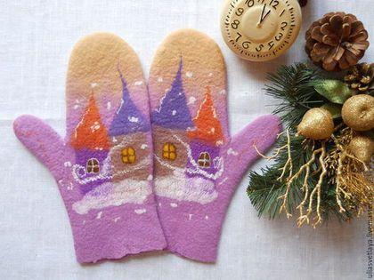 """Варежки, митенки, перчатки ручной работы. Ярмарка Мастеров - ручная работа. Купить Варежки валяные """"Зимняя сказка"""" розово-бежевый закат. Handmade."""