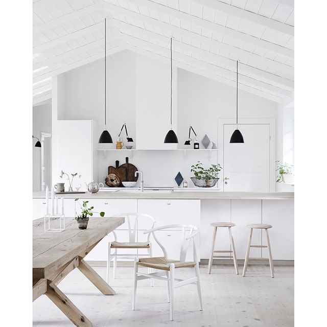 Nordic Chaser: Pin By Lulu On Chairs