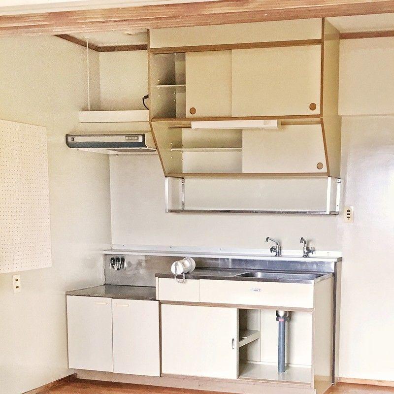 築38年のキッチンを540円でおしゃれ木目調に大変身 古い