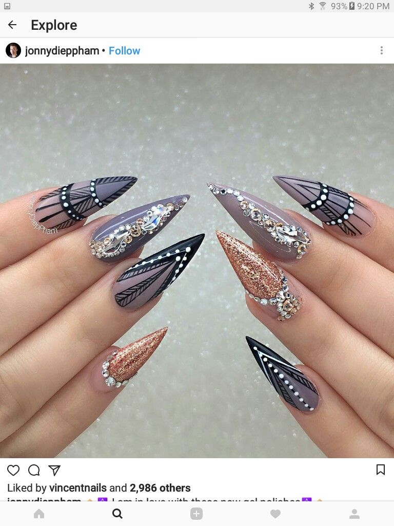 Pin by Рома Семанюк on нігті | Pinterest | Edgy nails, Stiletto nail ...