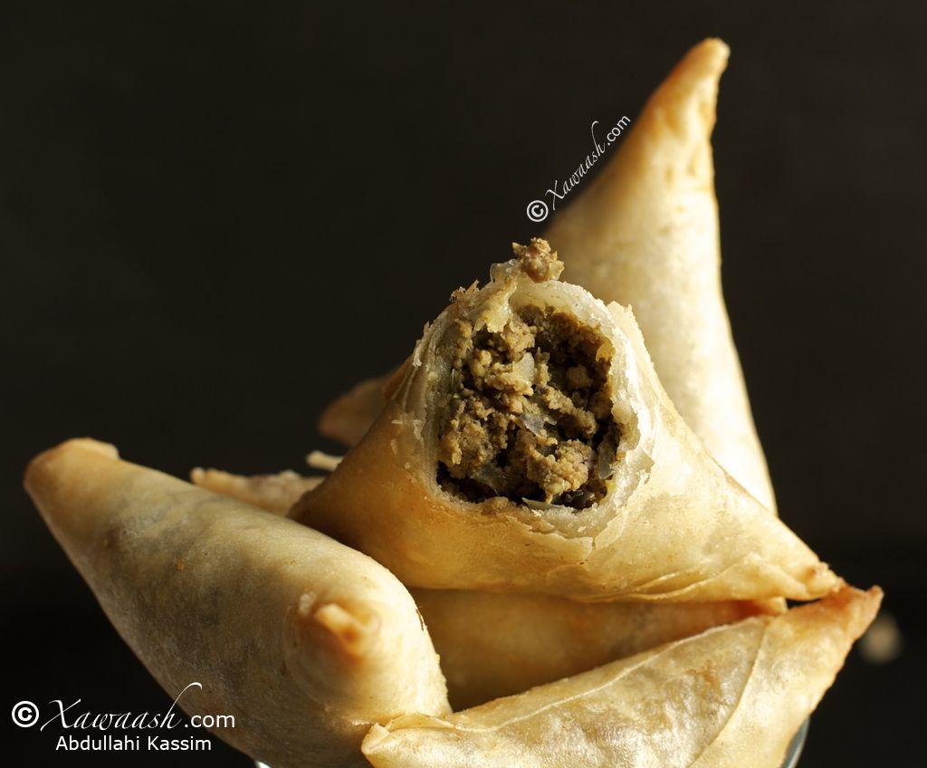 Samosas Sambuus Food Sambusa Recipe Recipes