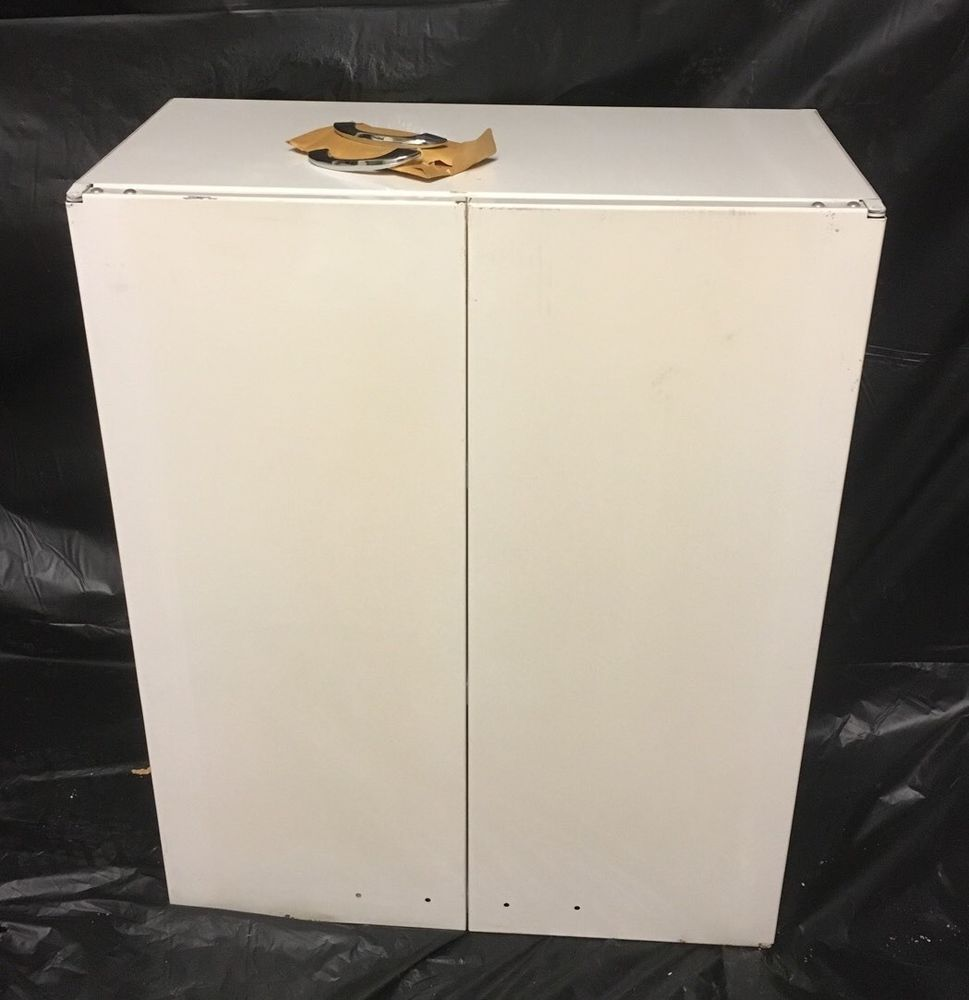 New Old Stock Admiral White Metal Upper Kitchen Cabinet 1950 S Upper Kitchen Cabinets Kitchen Cabinets 1950s White Metal