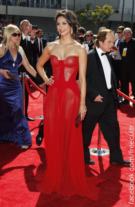 Best Dressed celebrities at Emmy Awards 2012.