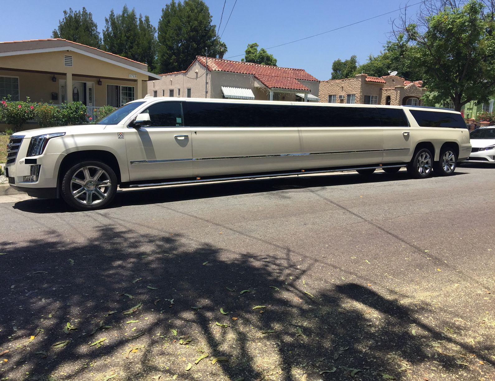 Pin On American Limousine Sales Showroom