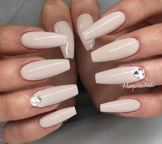 55 Acryl Coffin Nails Designs Ideen #nailsshape