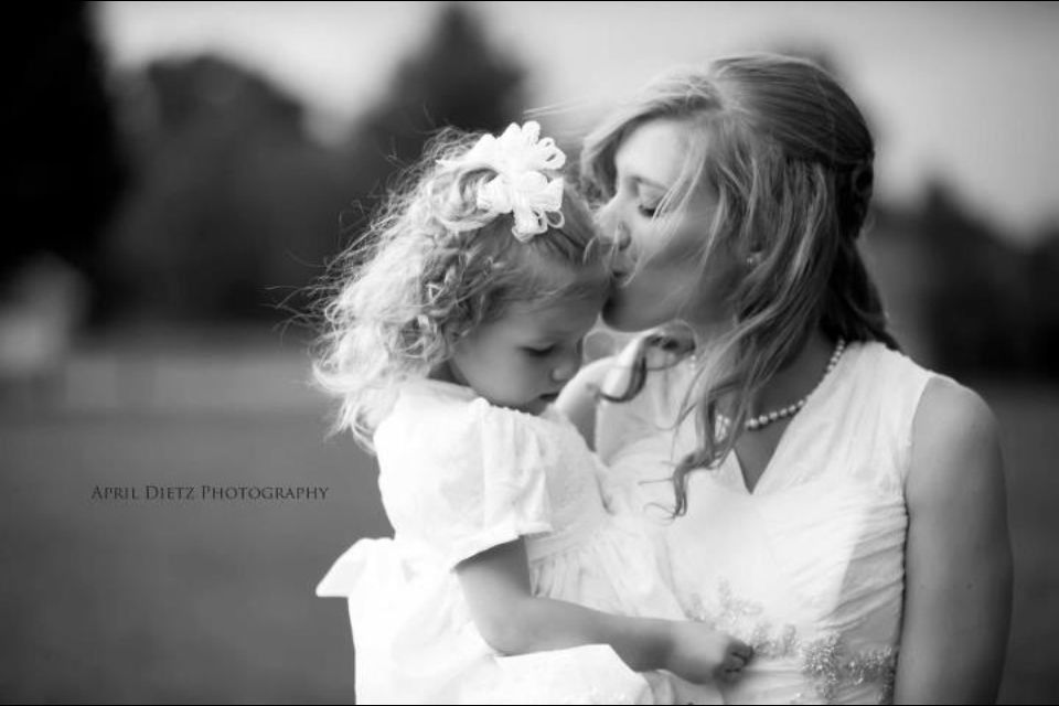 Bride and flower girl pose idea