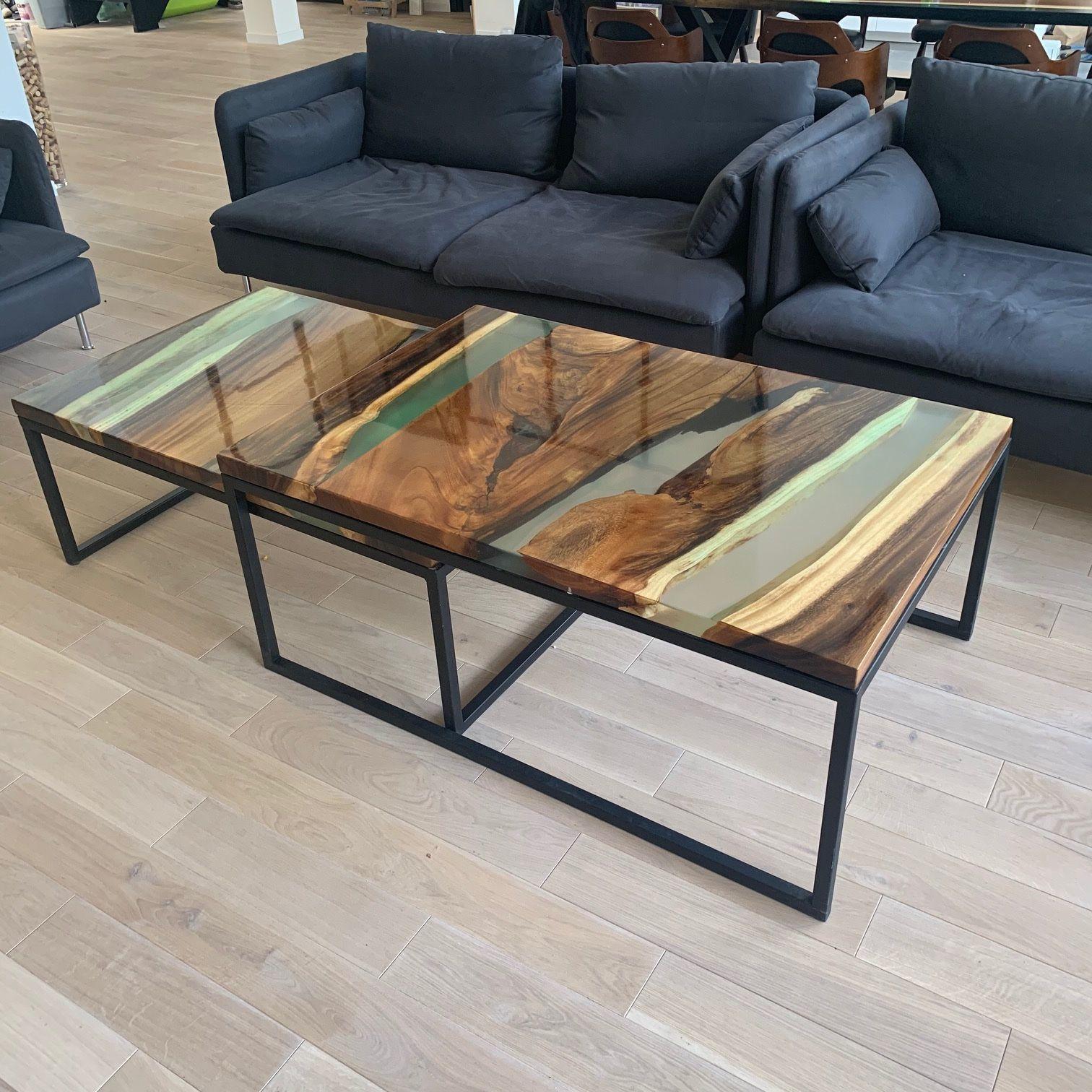 Table Basse Gigogne En Noyer Massif Et Resine Epoxy Mobilier En Bois Repeindre Table Basse Table De Resine