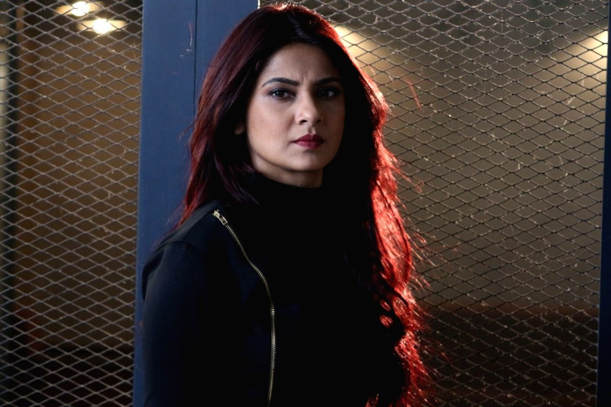 Actress Jennifer Winget Has Dyed Her Hair Red For Her Role Of Maya In The Second Season Of The Upcoming Show Jennifer Winget Jennifer Winget Beyhadh Jennifer