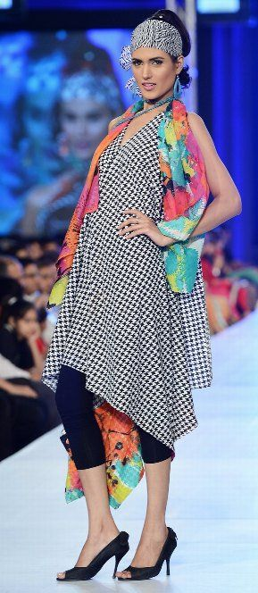 PFDC fashion week, Pakistan Pareesa-lawn-collection-2013-designed-by sahar-atif