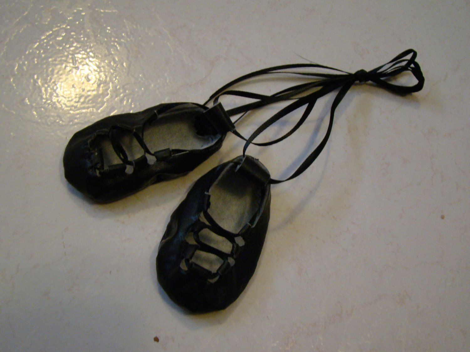 Irish step dance shoes for 1821 dolls by ImagiFaire on Etsy, $12.00