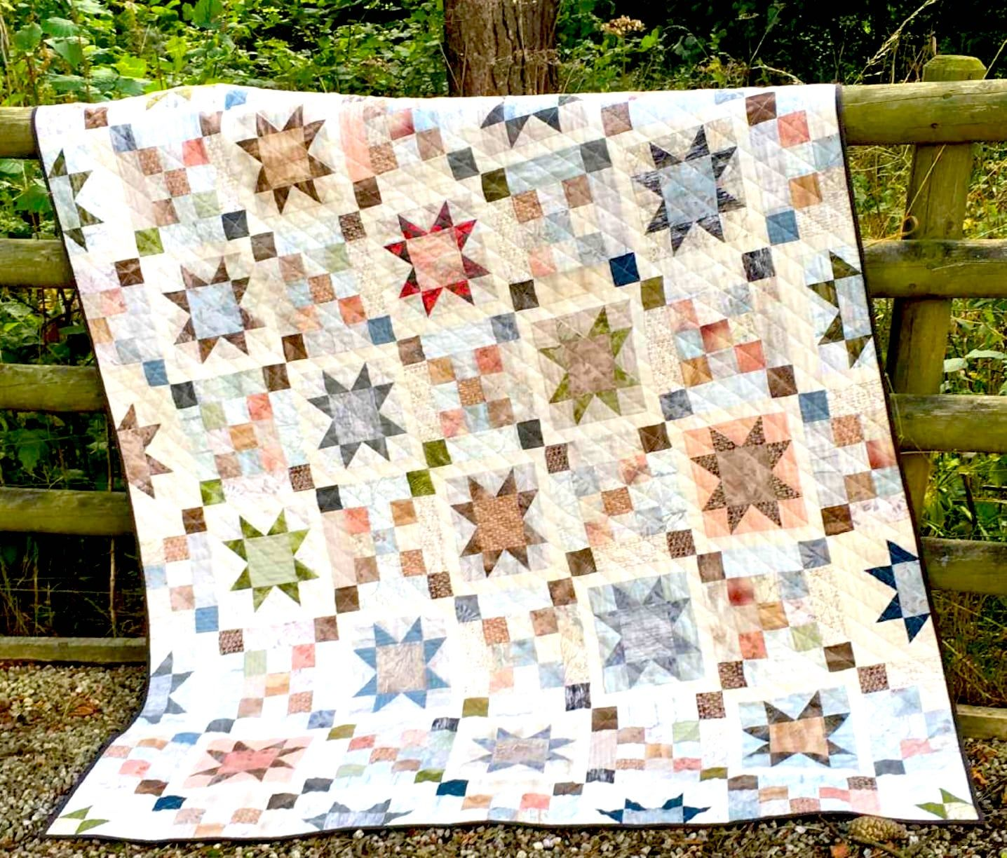 FREE Quilt Pattern and Tutorial: Centenary Stars Quilt - https ...
