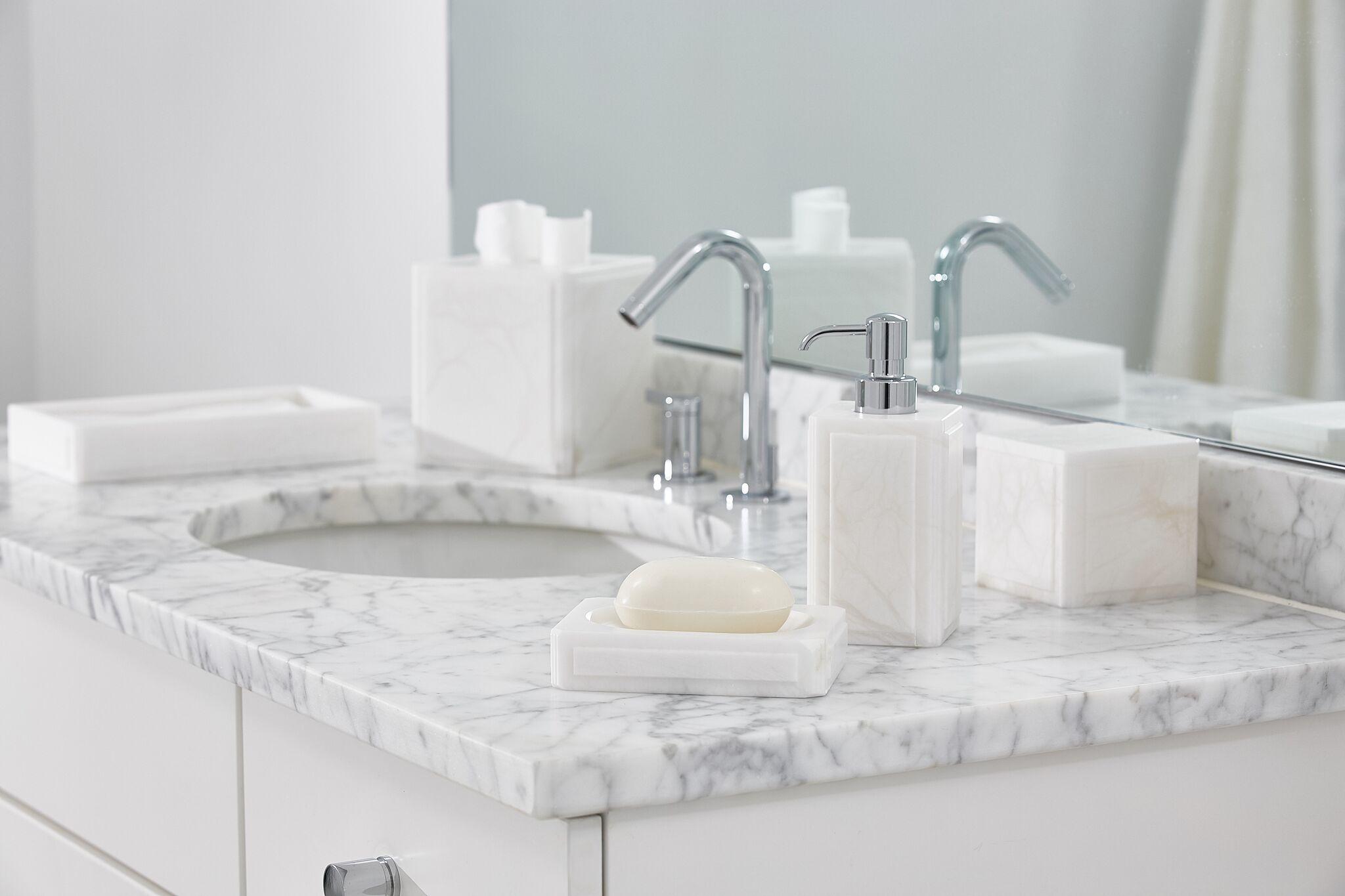 Luxury Bath Accessories Claudia #Interiordesigners #Interiordesign #Bath #Bathroom #Bathaccessories