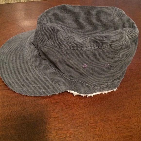 Old Navy Corduroy Mens L XL Winter Hat w  Lambskin Only worn 2 times. Still  looks new. Old Navy Navy Blue L XL Corduroy Winter Hat with Lambskin Liner. 673492d60851