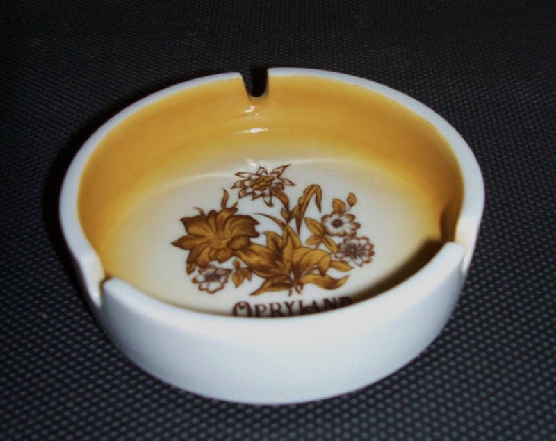 Opryland Nashville Collectible Ashtray Vintage Souvenir Tennessee ...