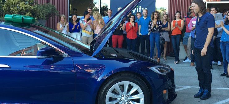 This Ceo Was Gifted His Dream Car By Employees The Reason Will Make Your Monday Bluer Tesla Dream Cars New Tesla