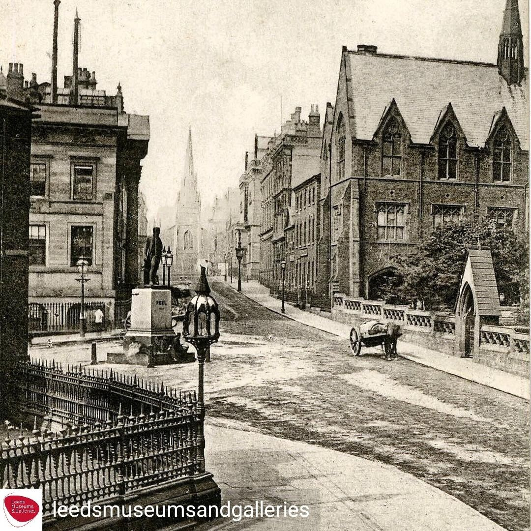 Park Row As It Looked In 1910 Taken From City Square Leeds City Leeds Castle Centre Parks