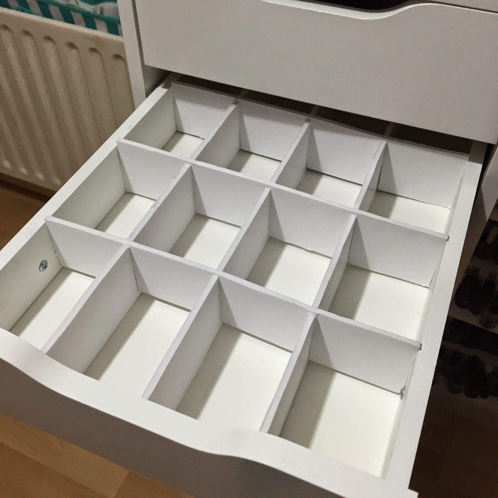 DIY Foamboard Drawer dividers for Ikea Alex Drawers. http ...