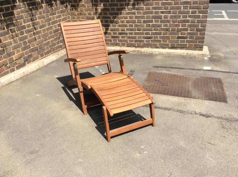 Steamer chair hard wood and cushions £40 United Kingdom