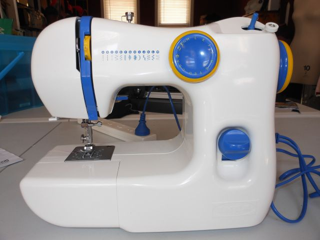 IKEA SY Sewing Machine Review Just Purchased Decent Little Machine Custom How To Use Ikea Sewing Machine
