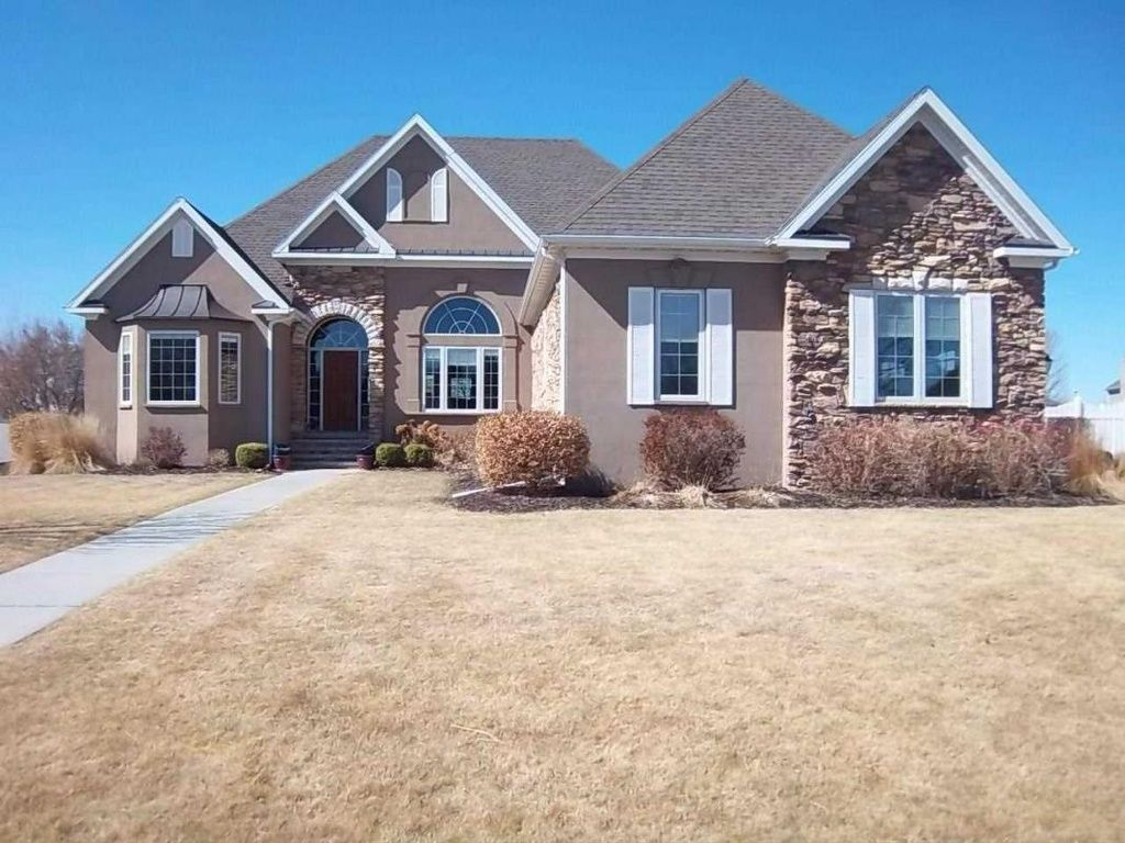 Real Estate 12 Homes For Sale Zillow North Platte Zillow House Styles