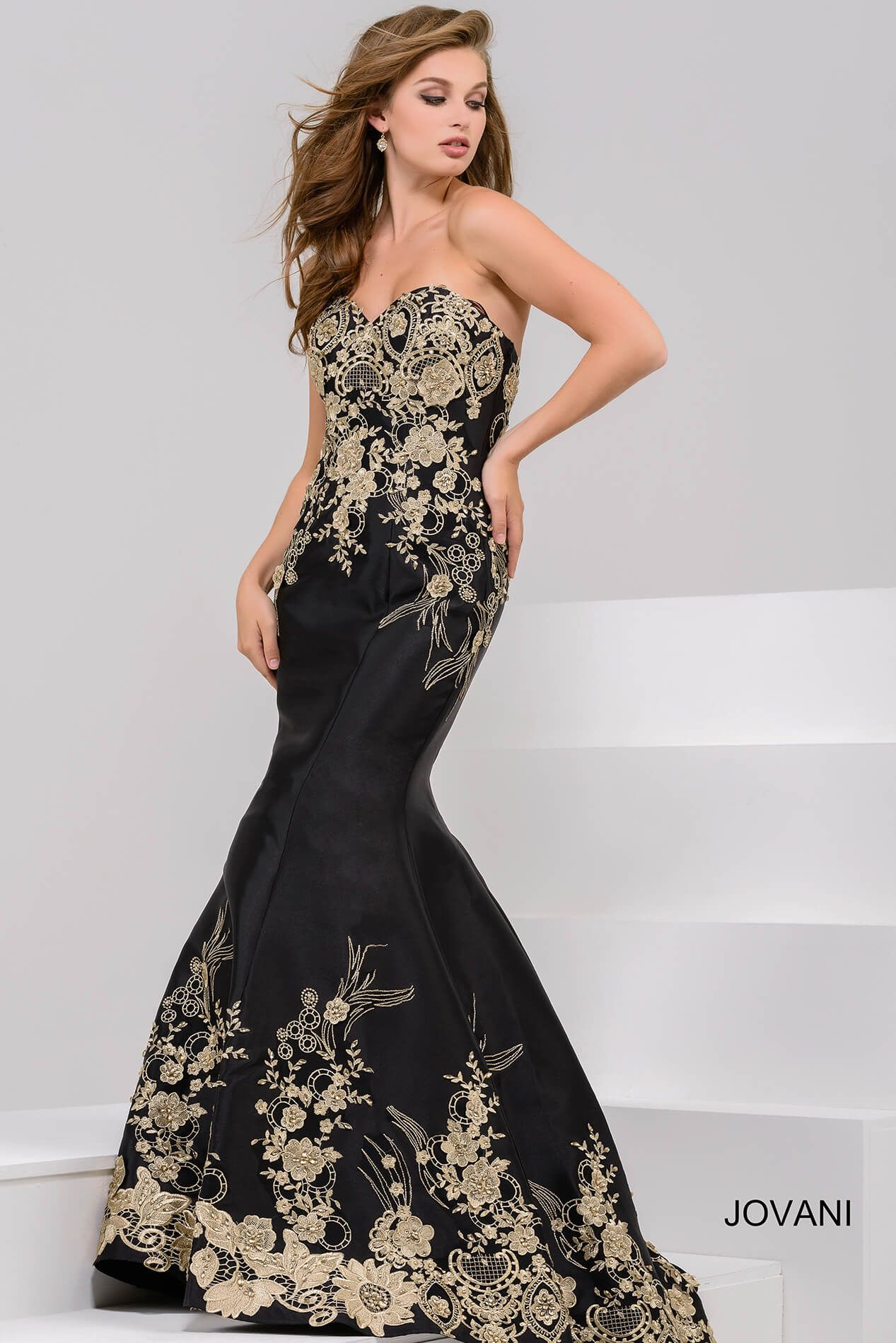 117995cf1425 JOVANI BLACK AND GOLD EMBROIDERED STRAPLESS MERMAID GOWN. #jovani #cloth #