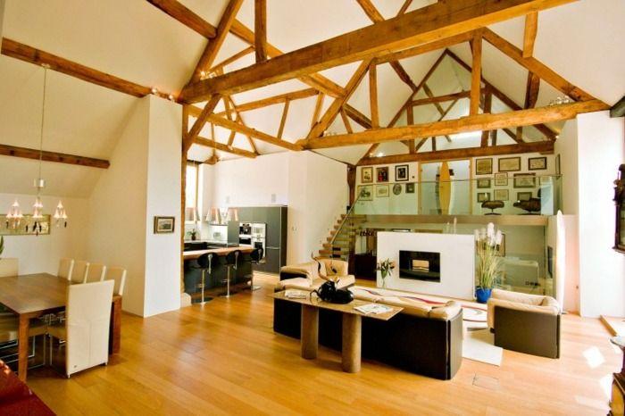 Holzbalken an der Decke im Wohnzimmer - ehemalige Scheune wurde - wohnzimmer ideen decke