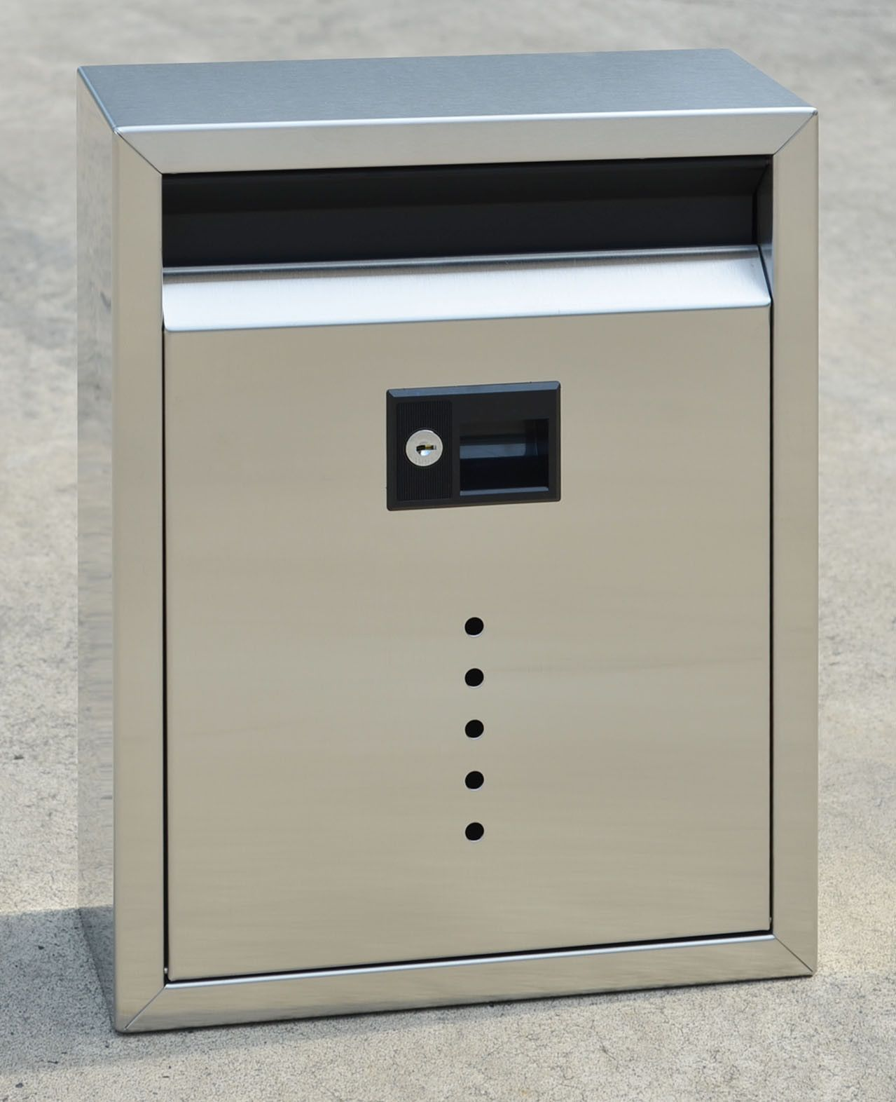 Vault Locking Wall Mounted Mailbox in 2019 | Products | Wall