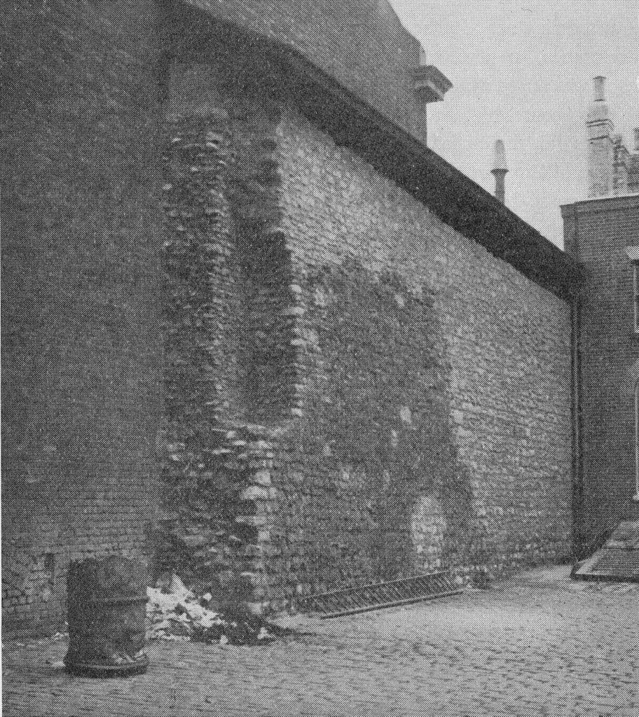 Roman Wall on Tower Hill, via A London Inheritance