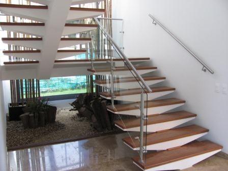 Escaleras pisos teka parte de mi pinterest pisos for Pisos para escaleras