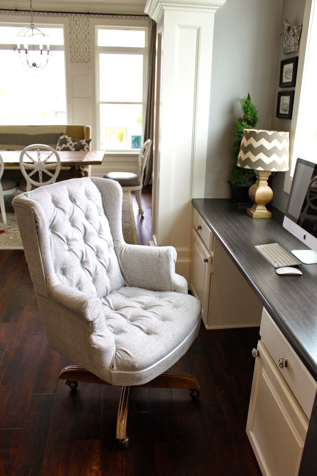 Amy's Casablanca: Another Quick Upholstery Job!
