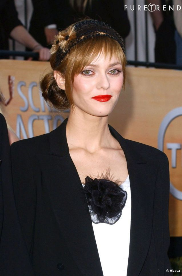 photos en 2005 vanessa paradis est dans sa p riode. Black Bedroom Furniture Sets. Home Design Ideas