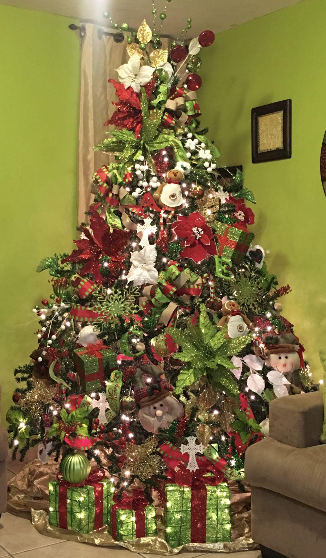 Arbol De Navidad Decorado Rojo