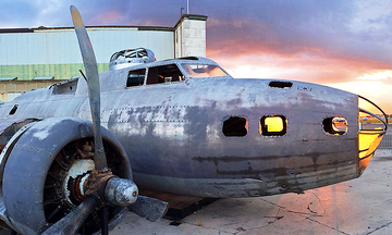 There's An 'Eerily Untouched' WWII Bomber In Hawaii You Need To See | The Huffington Post