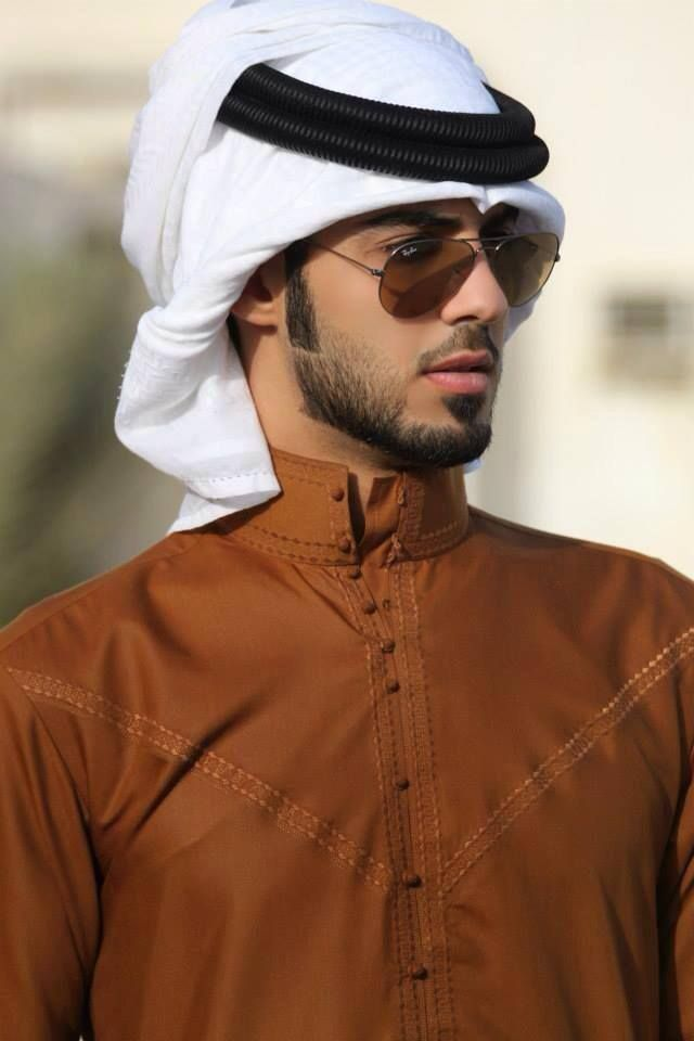 Common types of Arabic clothing for men include the thobe, the ghutra and egal, the bisht, the serwal, the shalwar kameez, the izar, and the turban.