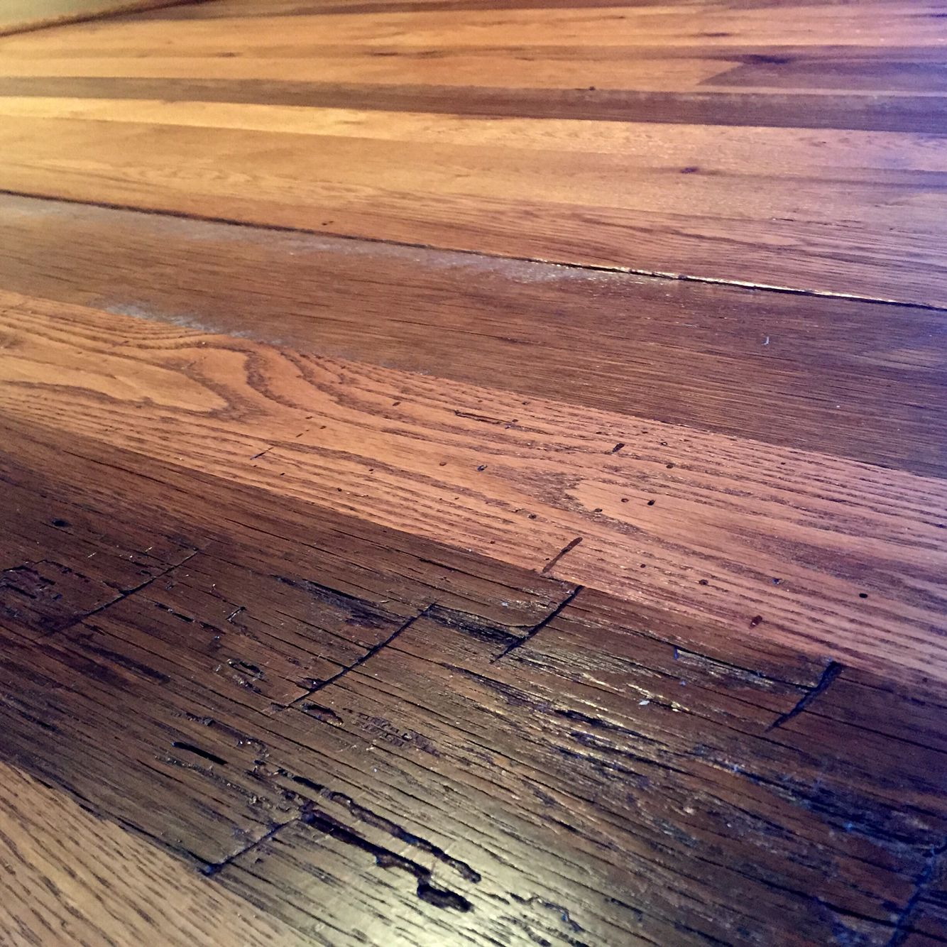 Reclaimed White And Red Oak Mix Finished With Bona Dts Sealer And 2coats Of Bona Traffic Hd Flooring Projects Hardwood Floors Red Oak