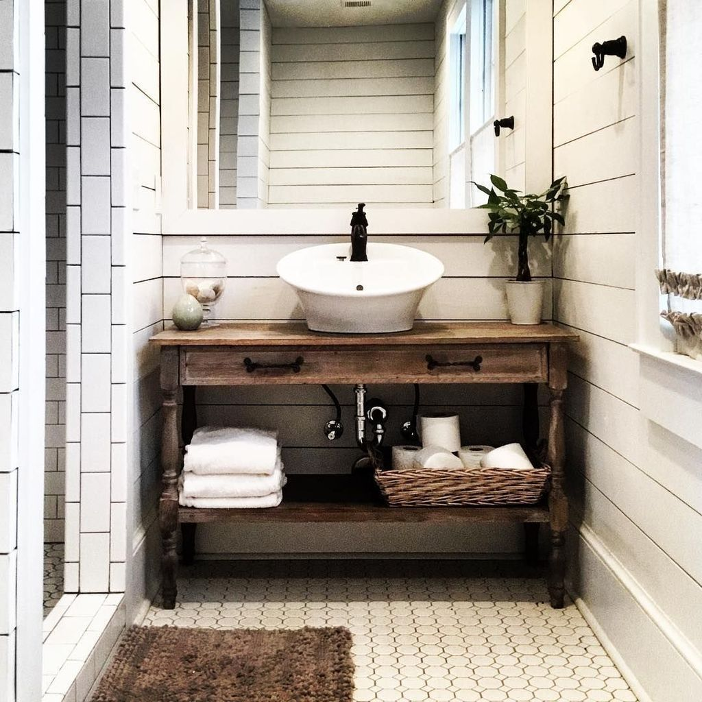 Cool 30+ Fabulous Modern Farmhouse Bathroom Vanity Ideas