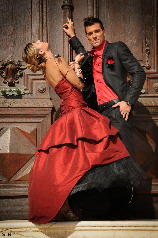 Robe de mariée Alizée rouge et tulle noir