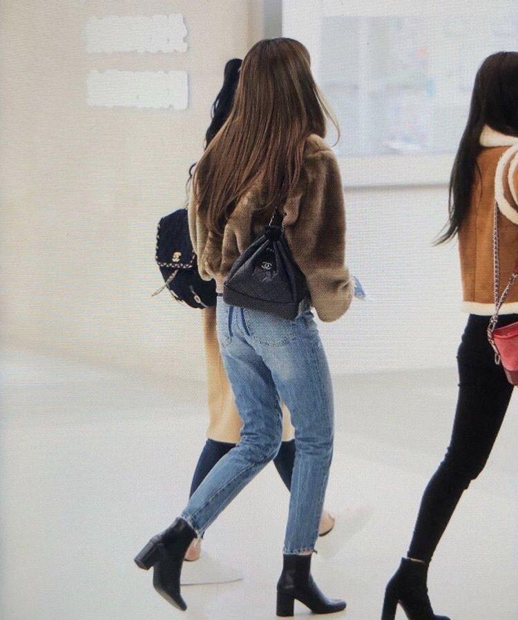Lisa Blackpink Airport Fashion Bags Blackpink Fashion Blackpink