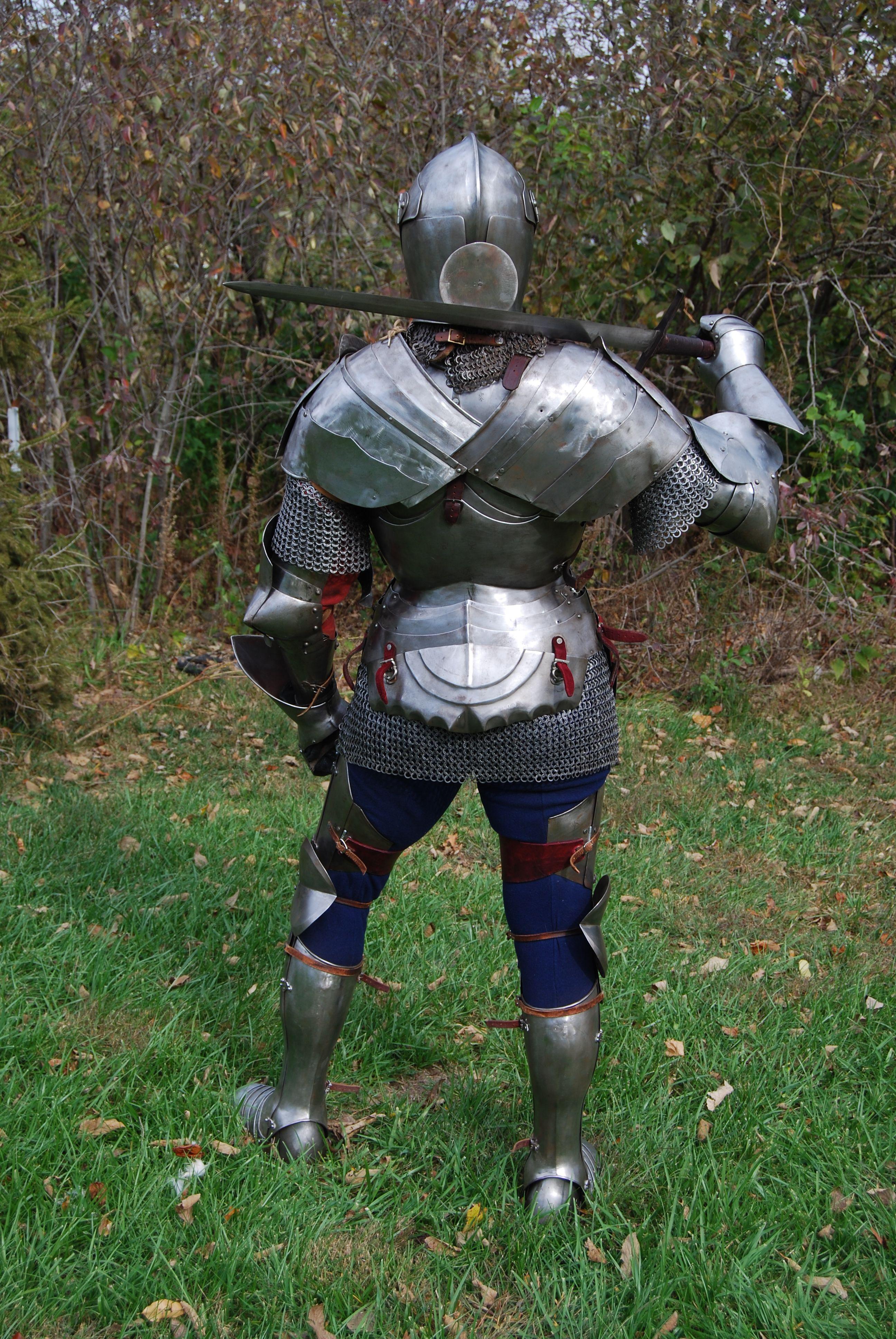 как правильно одевать рыцарские доспехи фото сформировались