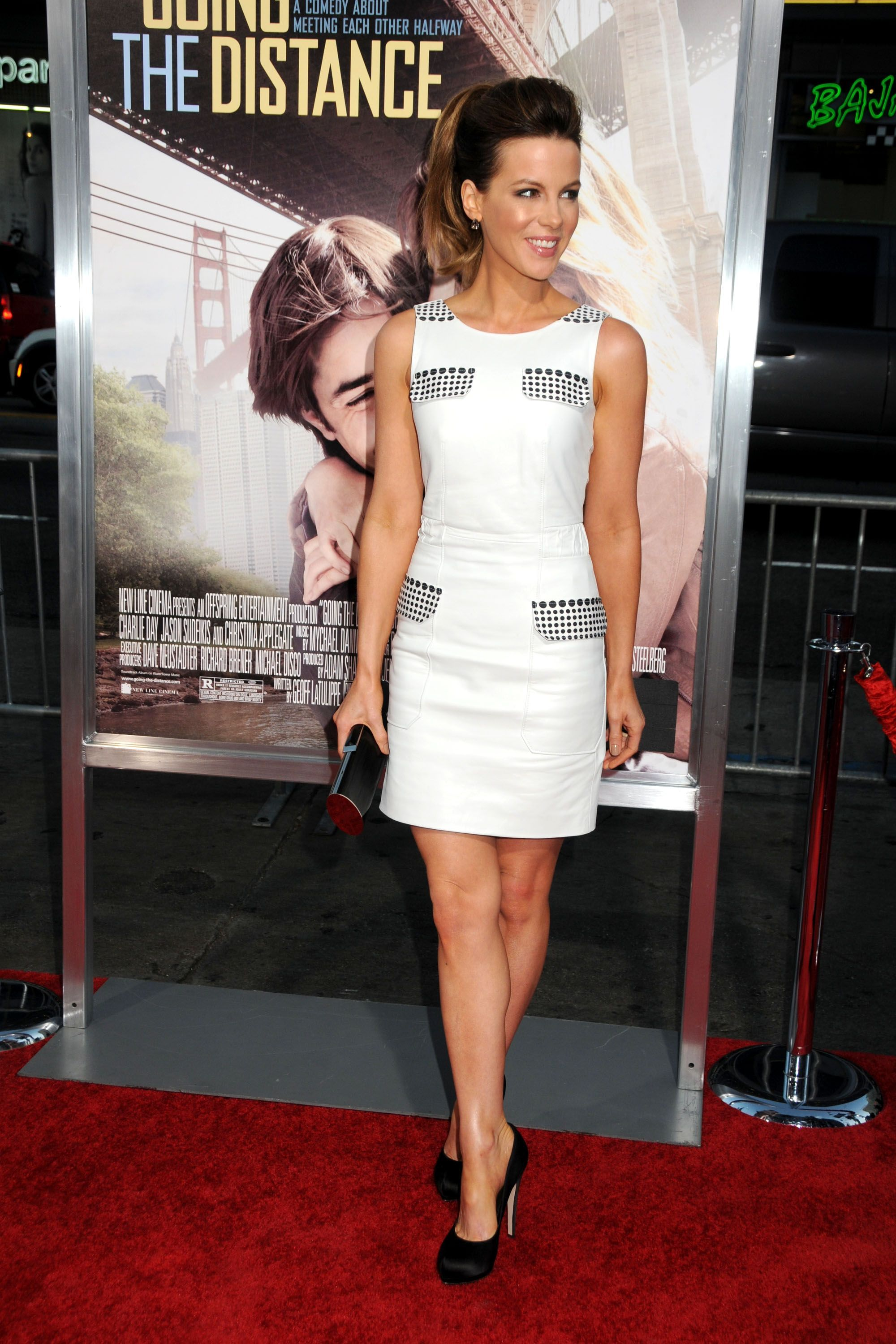 Discussion on this topic: Jessica Biel and Kate Beckinsale dazzle in , jessica-biel-and-kate-beckinsale-dazzle-in/