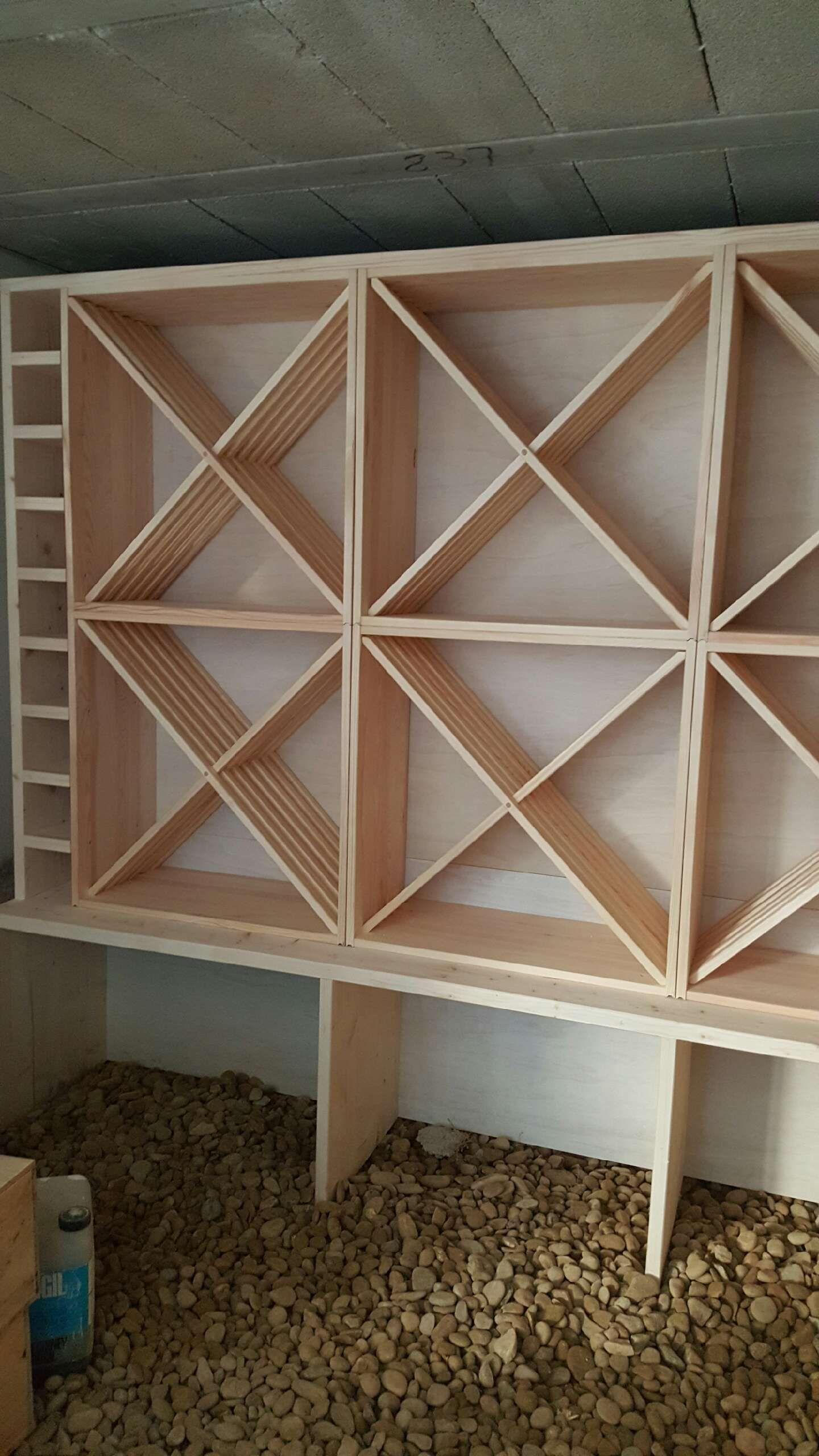 casiers pour bouteilles casier vin cave a vin rangement du vin amenagement cave casier bois meuble en bois integration de kr64 dans une structure