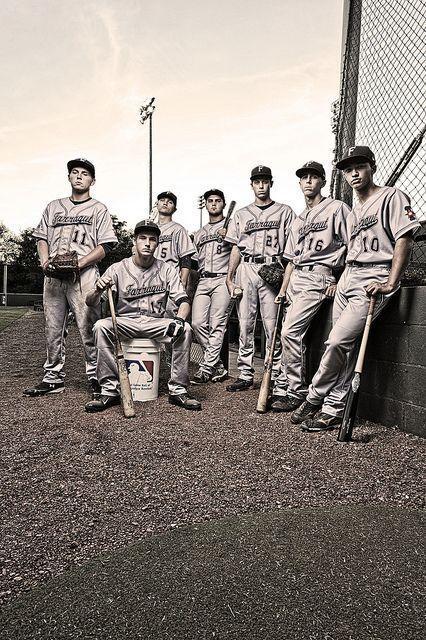 Photo of 17 Creative Ideas for Baseball and Softball Team Portraits