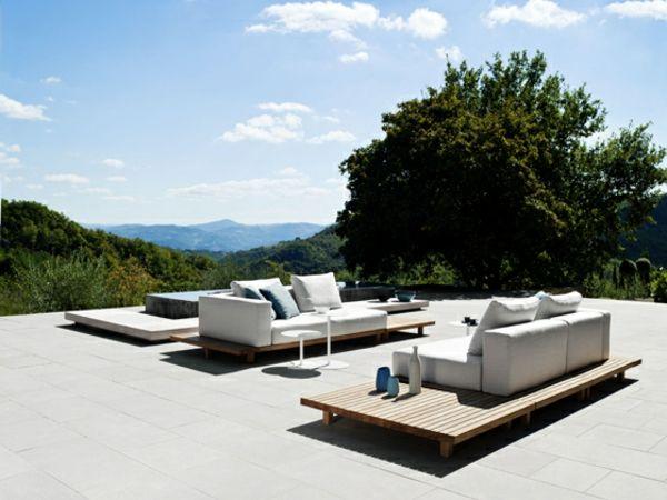 Hochmodernes Gartenmöbel Set aus Teak von Tribu | Gartenbau ...