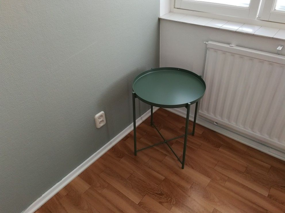 sage green paint tikkurila serpentiini v447 ikea gladom table tray nachttische pinterest. Black Bedroom Furniture Sets. Home Design Ideas