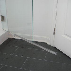 Frameless Glass Shower Door Bottom Sweep With Images Frameless