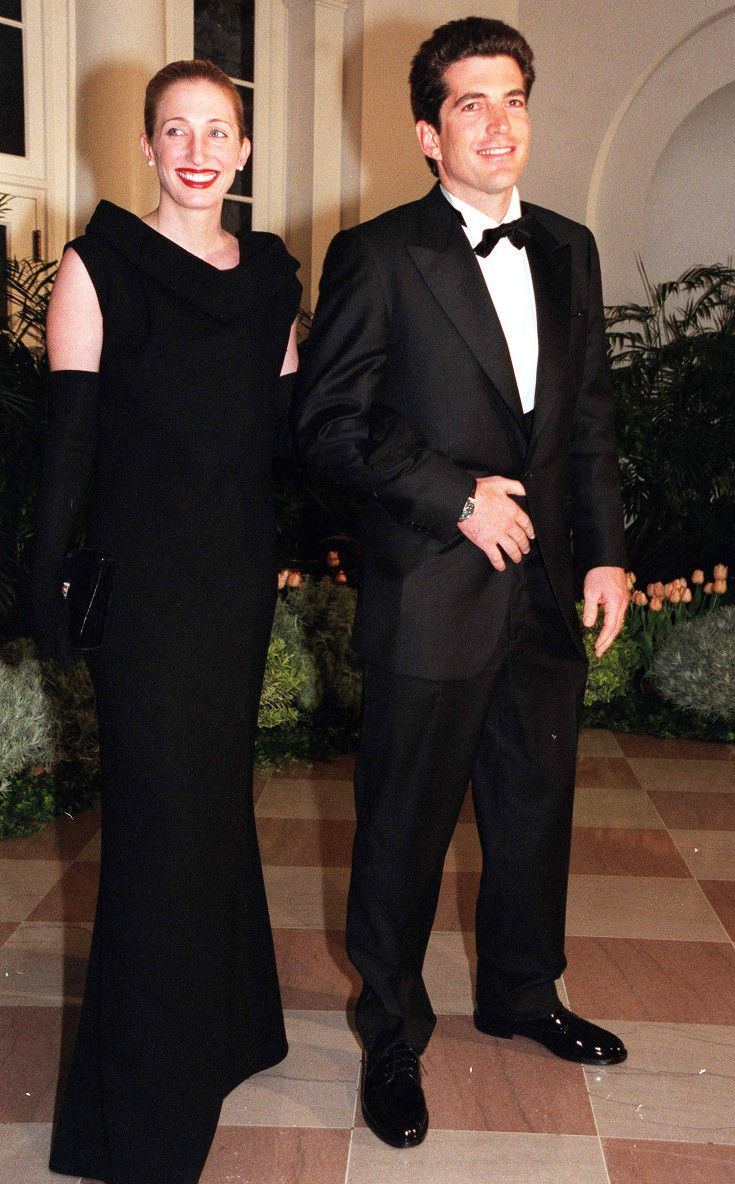 Carolyn kennedy bessette wedding dress  The Carolyn Bessette Kennedy No One Knew Her Glamorous Life and