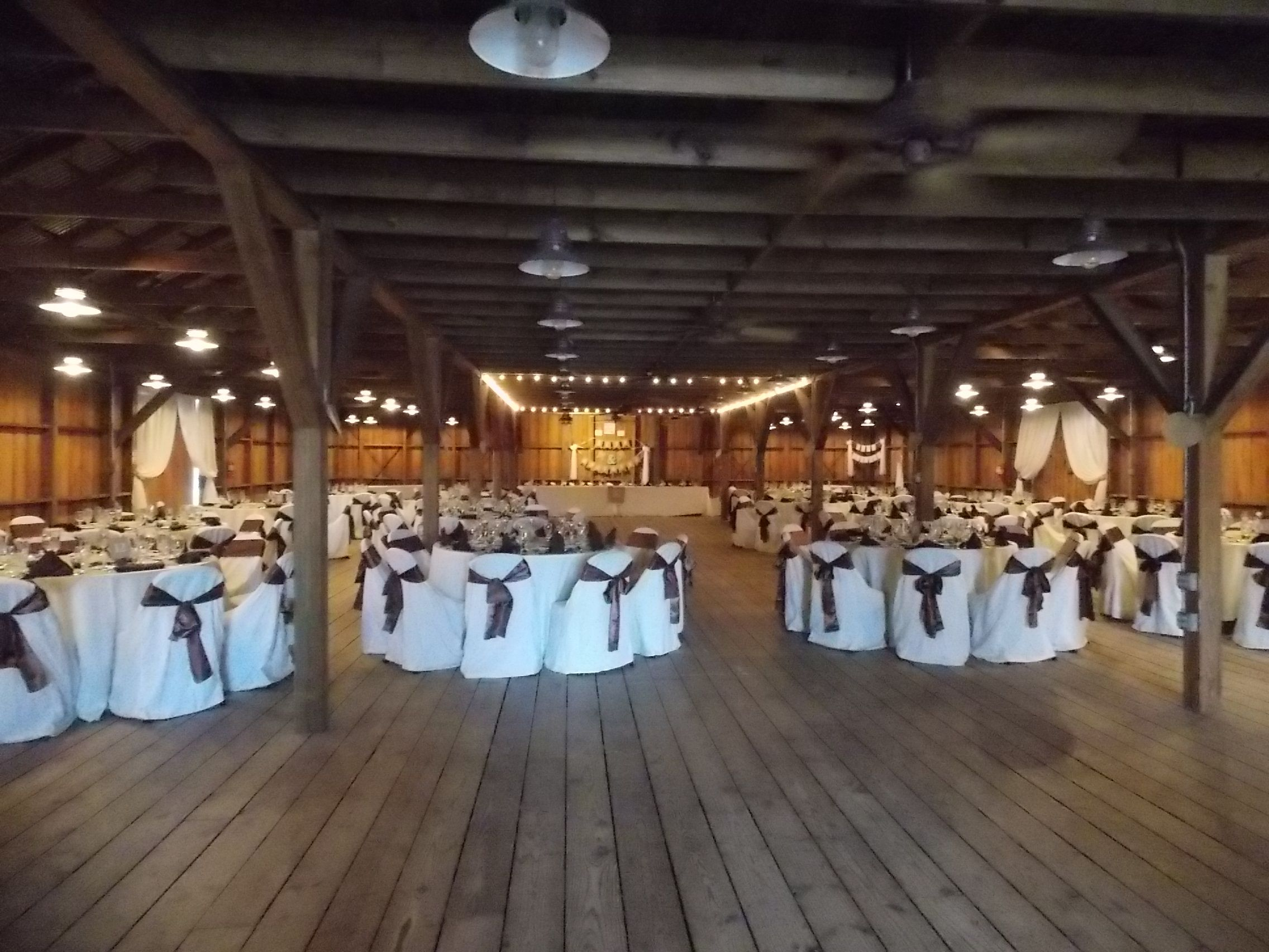 Beautiful Wedding Reception Inside The Rustic Barn Of Yesteryear Village Located Within South Florida
