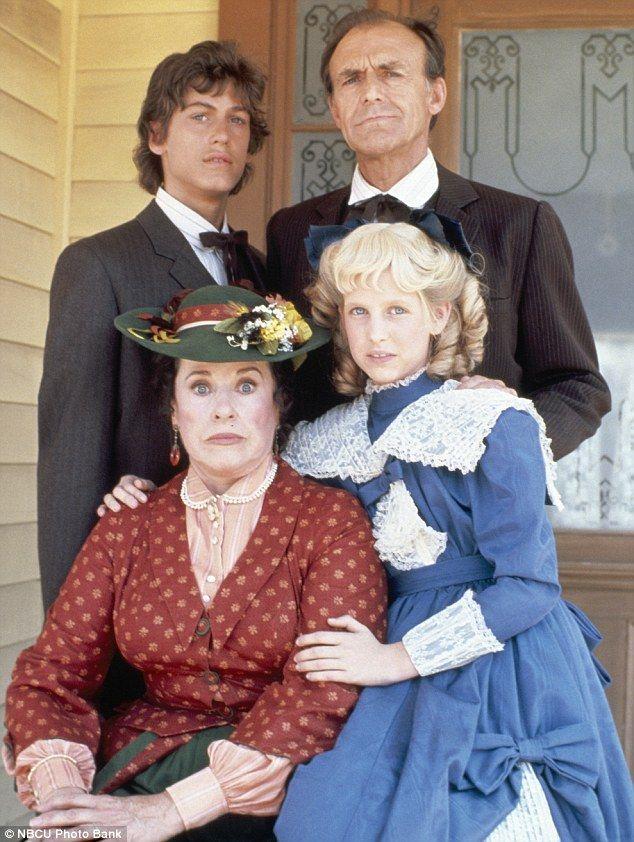 Little House On The Prairie Actor Richard Bull Dies At 89 Laura