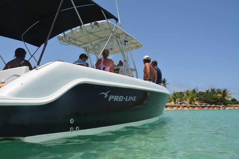 Captain Alan Three Island Snorkel Tour escapes the crowds
