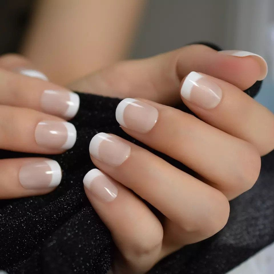 Pin By Joke De Jonge On Crystal Tiara In 2020 French Tip Acrylic Nails Short Acrylic Nails White French Nails